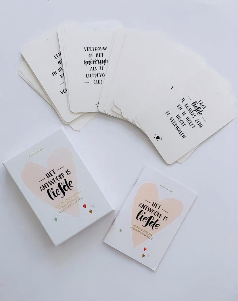kaartenset-het-antwoord-is-liefde